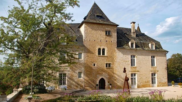 visiter lacave et son chateau treyne lot